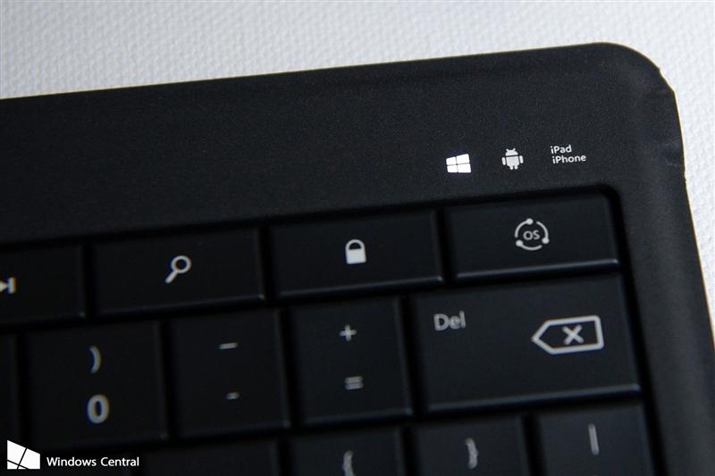 微软可折叠蓝牙键盘评测:5mm超薄手感不赖的照片 - 5