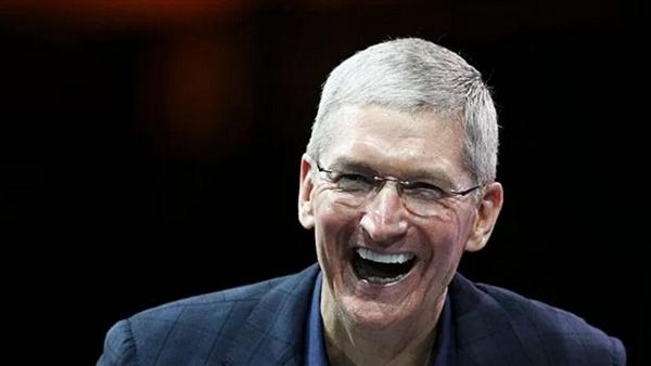 蘋果壕氣:員工每人發1.6萬元股票
