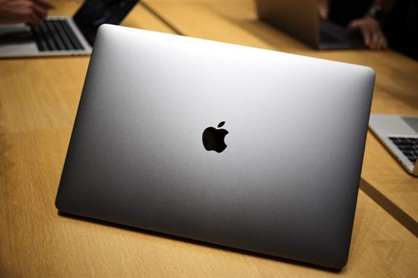 苹果MacBook Pro i9顶配版:散热不给力被限速