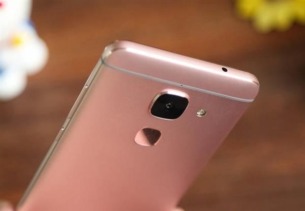 乐视手机居然又更新了!乐Max 2意外升级EUI 6.0