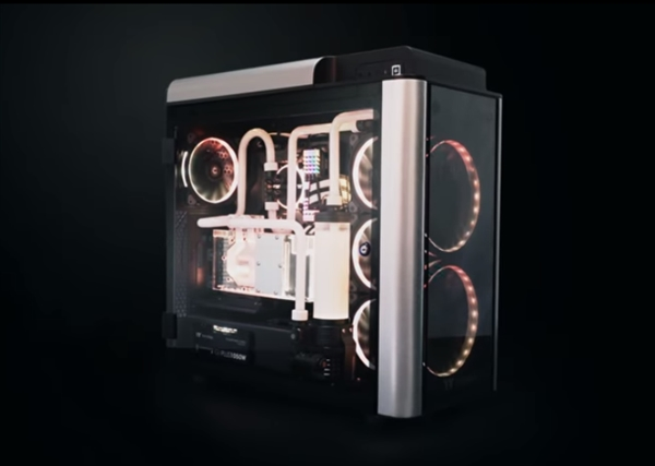 Thermaltake推出2款新机箱:4面钢化玻璃+3个RGB电扇