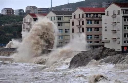 今年首个登陆我国的台风木恩: