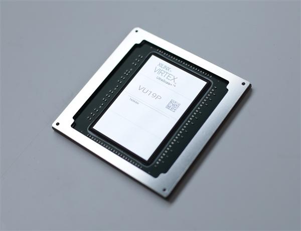 赛灵思发布世界最大FPGA芯片:350亿晶体管