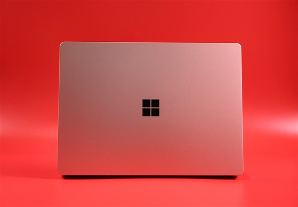 10月2日见?微软有望推出AMD锐龙处理器版Surface Laptop 3