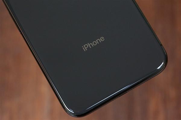 小屏不死 传苹果明年初再推iPhone SE2:夏普5寸屏