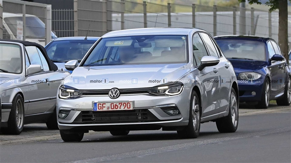 全新一代大众高尔夫GTE实车曝光:燃油版车型或将采用次外观设计