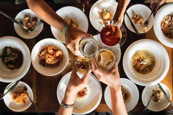 科学家揭示了当你饿的时候为什么不应该做重大决定