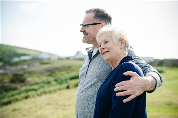 你想啥时候退休?调查报告显示年轻人退休目标年龄降至55.8岁