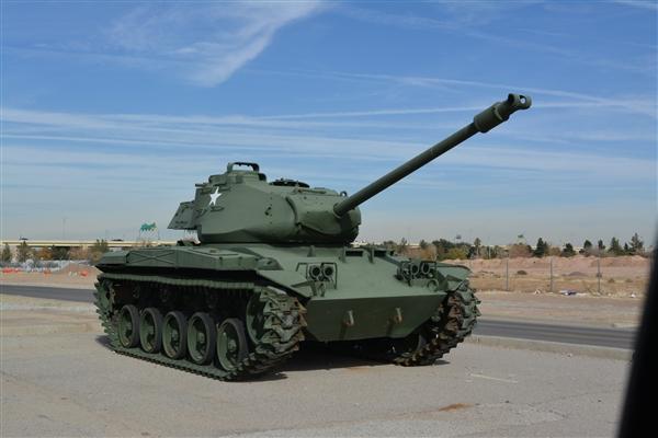坦克舱室温度能高达56度 为何价值千万的坦克连个空调都不给装?