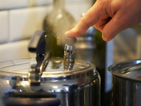 厨房电器使用年限揭密 80%的人不知超期后果