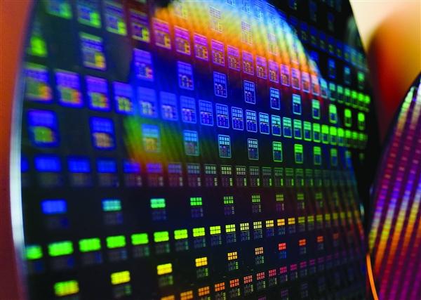 全球晶圆产能被三星台积电等垄断 国产CPU/内存太难了