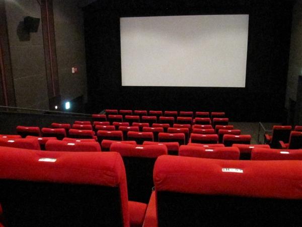 《哈利·波特》重映:电影院怎么选择皇帝位?坐中间一定好?