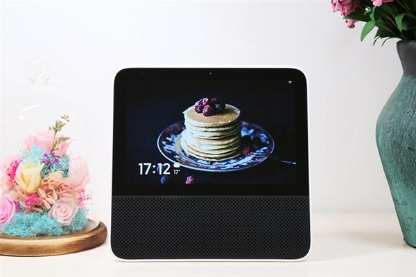 Redmi小爱触屏音箱上手:8英寸大屏体验升级 349元不二之选
