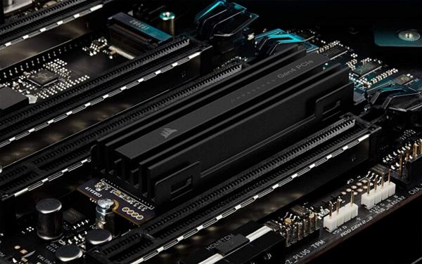 【速搜资讯】海盗船二代PCIe 4.0 SSD曝光:读取冲破7GB/s