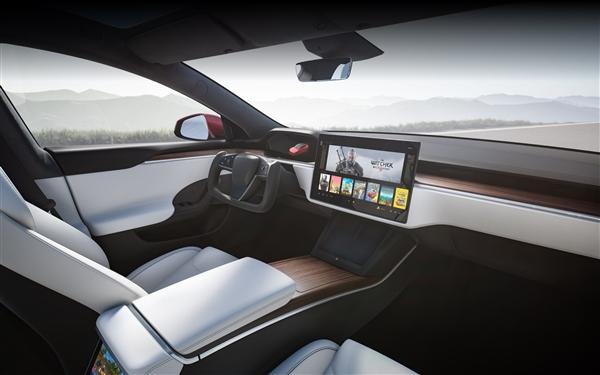 Yoke矩形方向盘秒杀市面所有车型!新款特斯拉Model S或6月交付