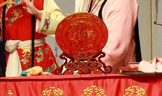 天悦平台首页陕西出土80多件精美汉代铜镜:埋藏两千多年仍光可鉴人