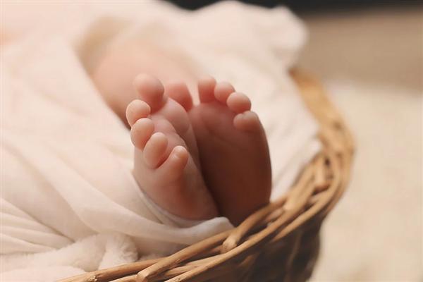世界首例!婴儿出生时竟具有三个阴茎