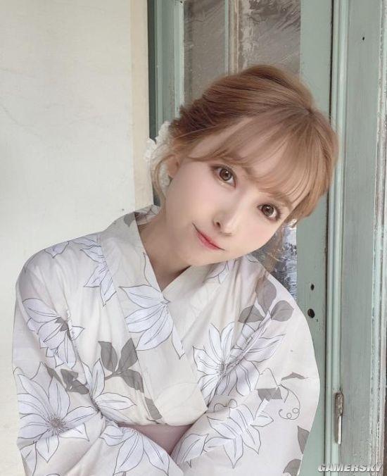 三上悠亚开通TikTok 扮高中女生跳抖音热舞