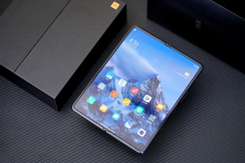 手机、平板、PC三合一的全能机!小米MIX FOLD体验:折叠屏终堪大用