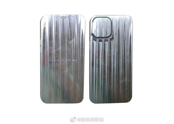 还是刘海屏!iPhone 13系列模型曝光:刘海变小、后摄变大
