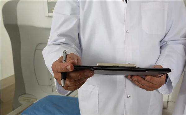 新冠肺炎防控方案第八版来了:解除隔离应采集2份样本