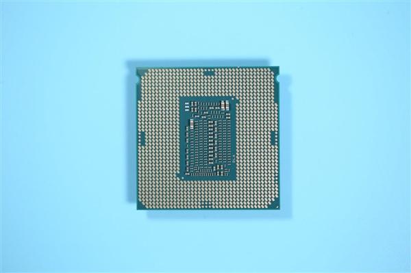 AMD Zen4接口AM5曝光:改用LGA触点式、告别脆弱的针脚