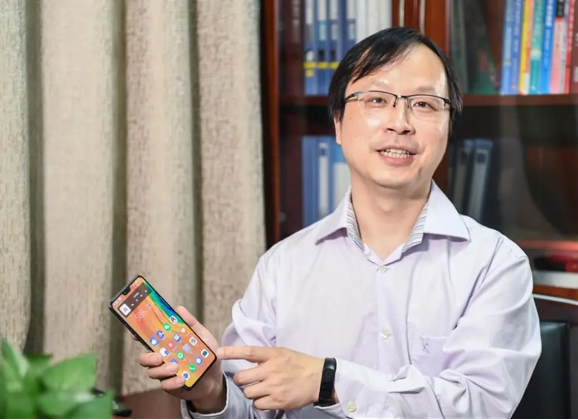 全国高校唯一!武汉大学开设鸿蒙编程技术课程