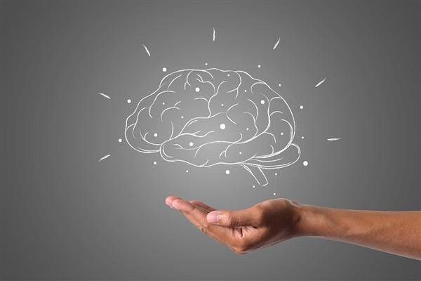 无需测IQ也能知道你笨不笨!科学家发现瞳孔越大的人大脑越敏锐