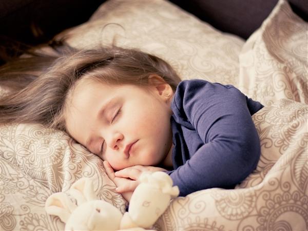 患癌风险增加55%!开灯睡觉的危害远不止这些