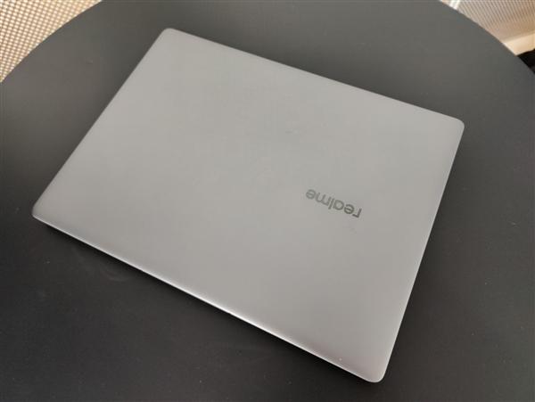 realme笔记本、平板即将登场:带来全新手机互联体验