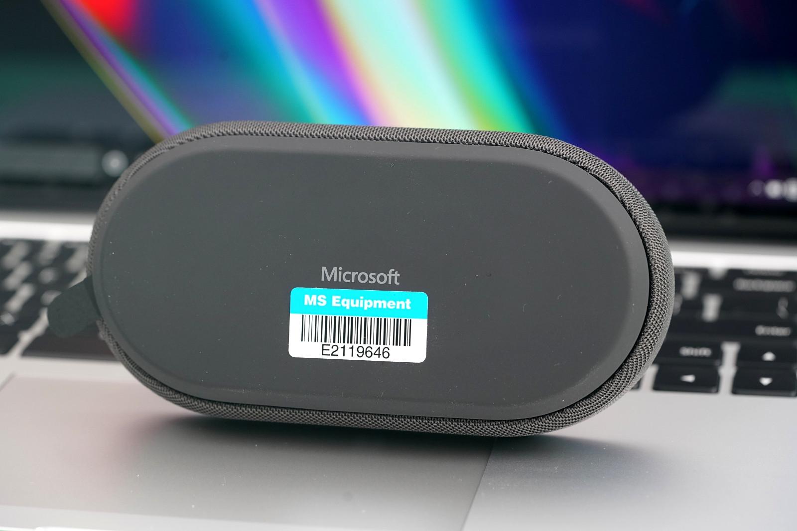 線材巧妙隱藏 微軟USB-C會議全向麥克風圖賞