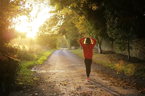 30岁女子每天跳绳1000个致骨折 医生:疲劳骨折也是一种骨折